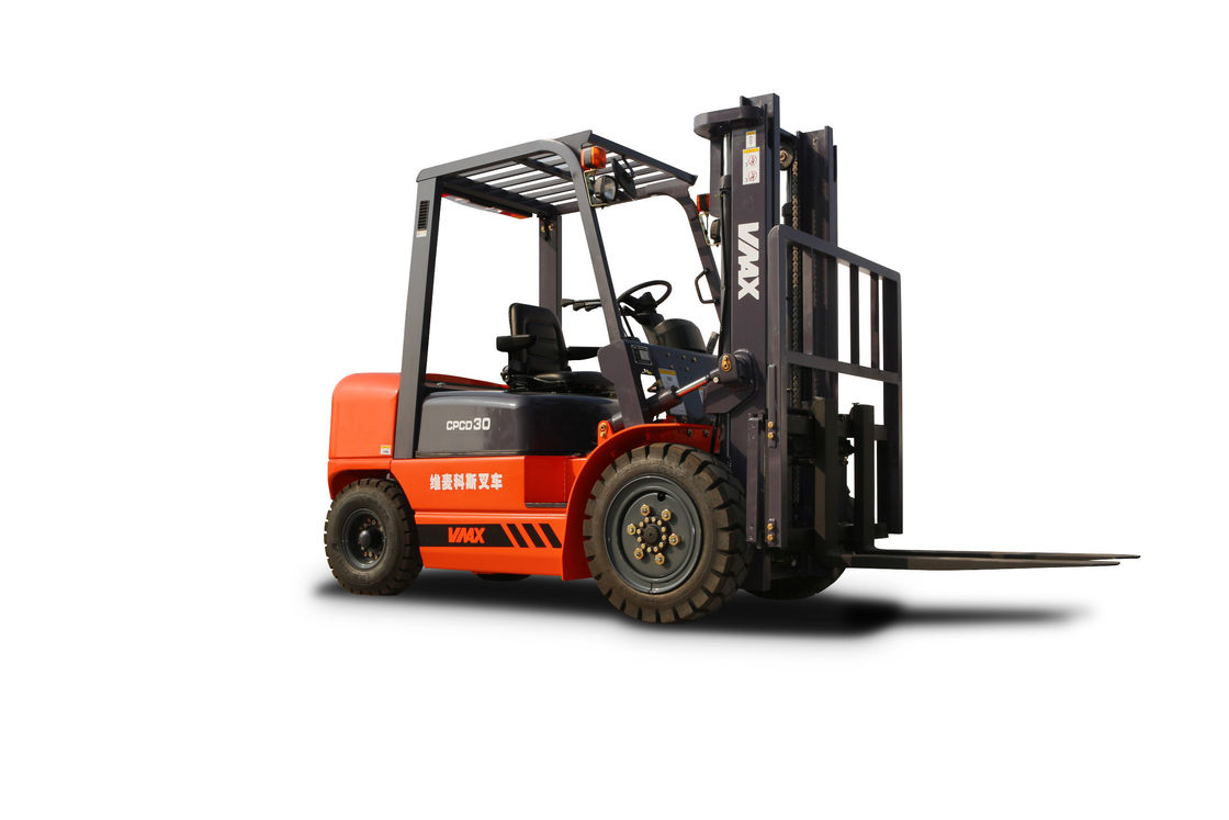 Powerful 3 Ton Diesel Powered Forklift / Daewoo Forklift Trucks Orange